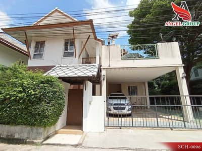 4 Bedroom Home for Sale in Bang Khae, Bangkok - Detached house in Parawee Kanchanaphisek village near the outer ring Convenient travel
