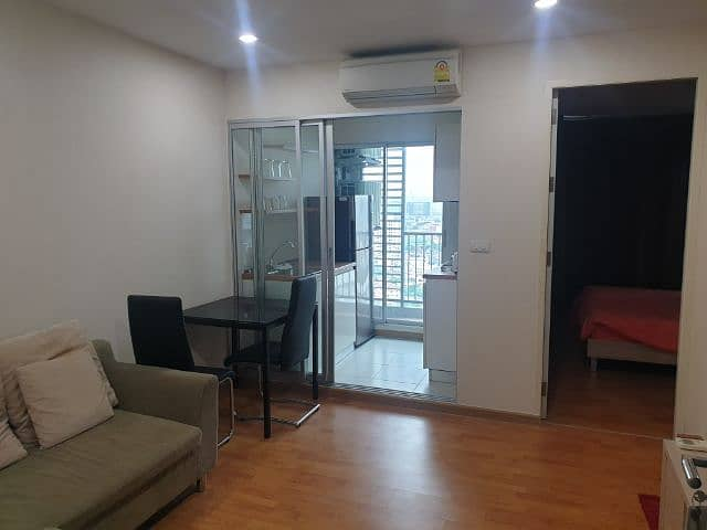 The President Condo Bang Wa Phase 1 for rent.
