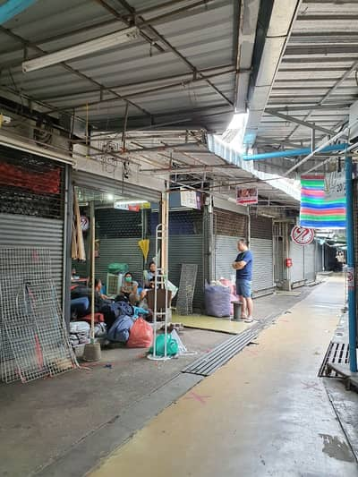Commercial Space for Rent in Chatuchak, Bangkok - Rent a stall, Chatuchak market, 10 sqm. , Bangkok.