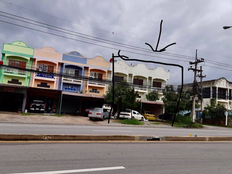 3 townhouses for sale adjacent room Lampang