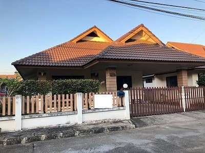2 Bedroom Home for Rent in Mueang Chiang Mai, Chiangmai - House for rent, 2 bedrooms, 2 bathrooms, Mae Hia zone, Chiang Mai Good location for rent 2 bedrooms 2 bathrooms Maehia area Chiang mai