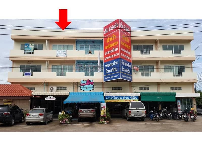 Selling a 4 and a half storey commercial building, well decorated, on the main road, Wat Plong District, Ratchaburi Province (Owner Announcement)