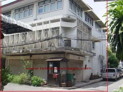 Office for Sale in Bangkok Yai, Bangkok - 3-storey commercial building, 3-storey Soi Petchkasem 3, Intersection 1, Bangkok Yai District
