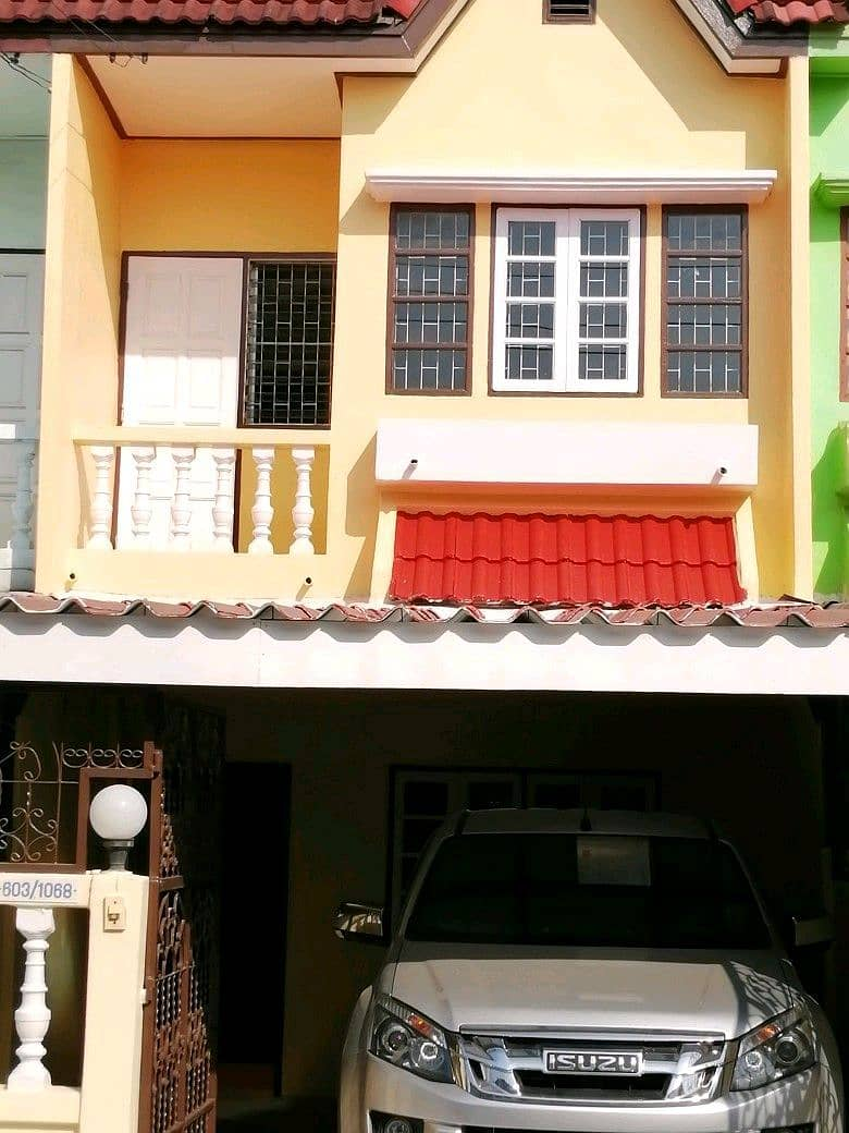 2 storey new townhouse for sale, 5 minutes away from The Mall Bang Khae