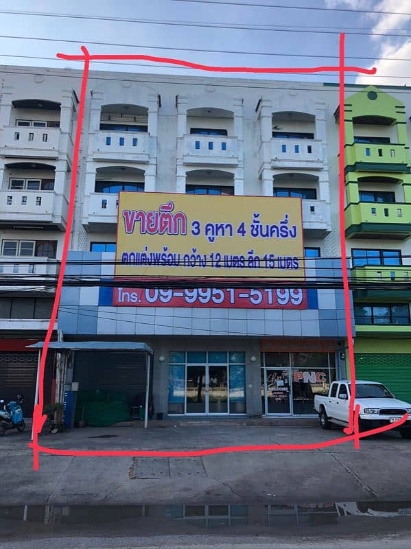 4 and a half-storey building, 3 booths, 4 meters wide (per booth), 15 meters deep, total area 48 square meters