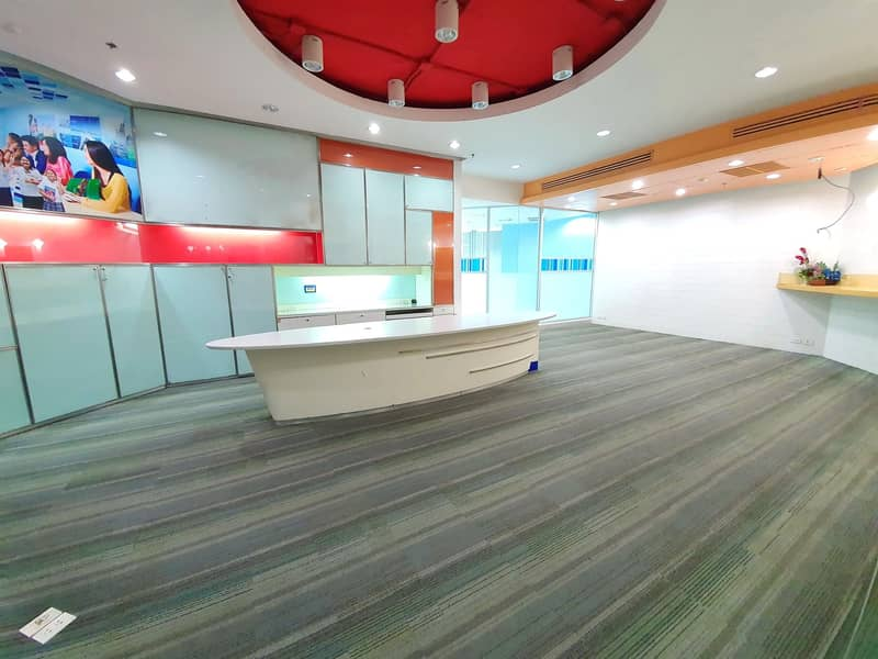 Special price for rent Fully furnished office 315 sq m. 11th floor, Central Bangna