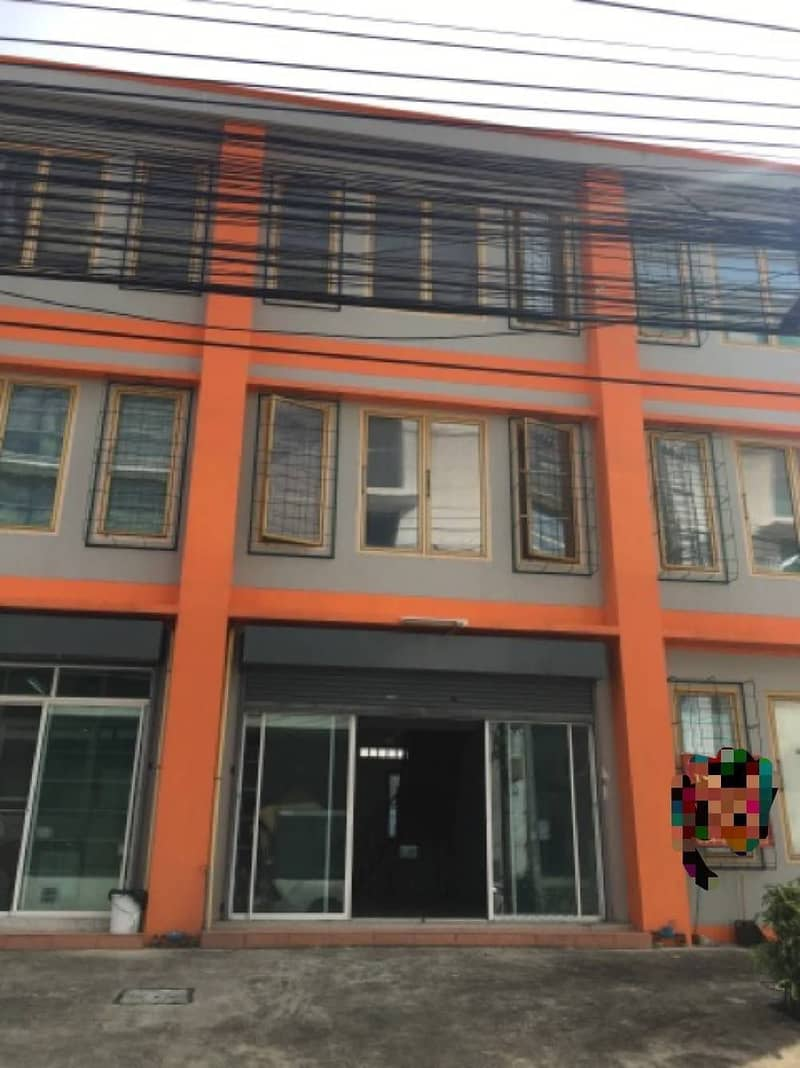 3-storey commercial building for rent on the main road, Muang Thong Thani Village, Project 3, usable area 141.75 square meters, near the exhibition and convention center, IMPACT