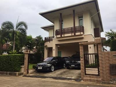 3 Bedroom Home for Rent in Lam Luk Ka, Pathumthani - House for rent next to golf course.