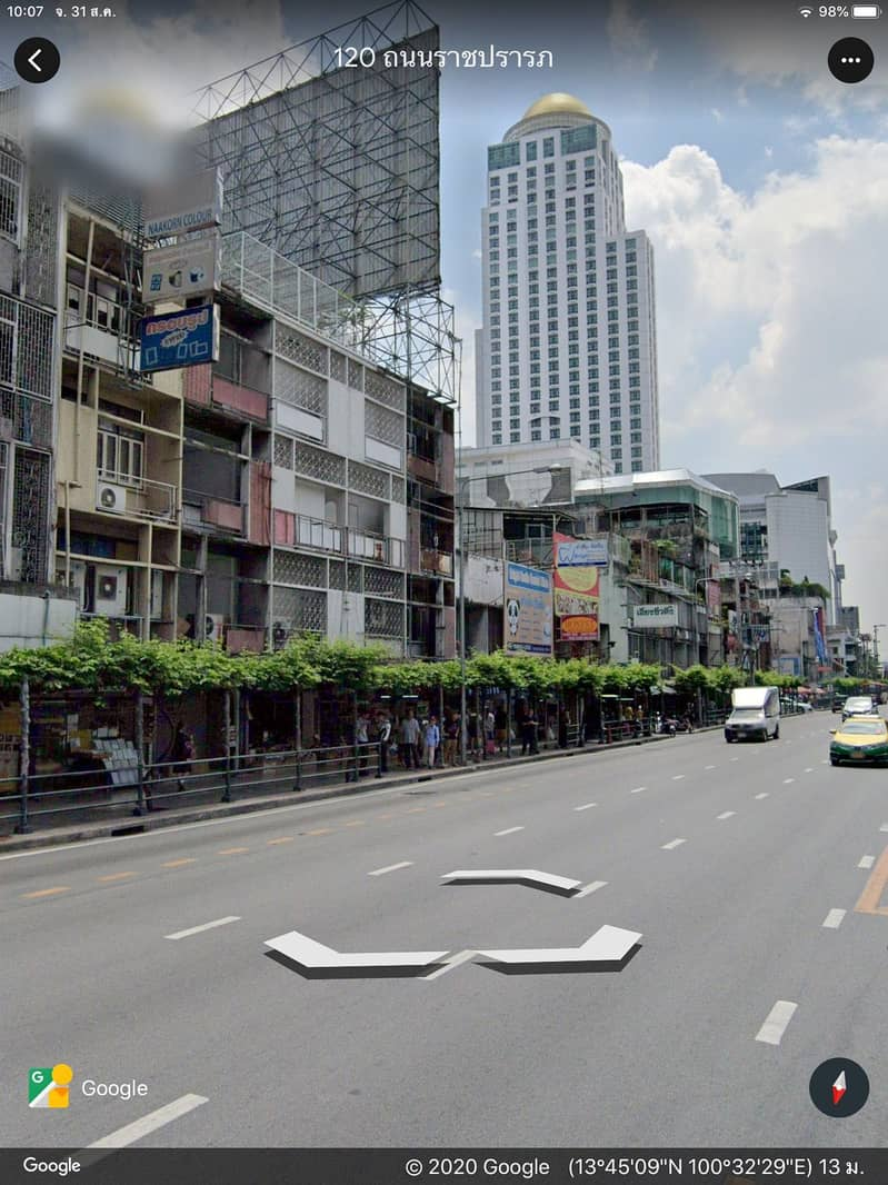 Pratunam shophouses On Ratchaprarop Road Opposite Indra Hotel Near the airport link station