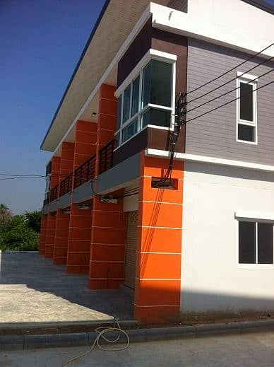 Angthong - Commercial building for sale - 2 storey commercial building, Pa Ngiu - Ang Thong.