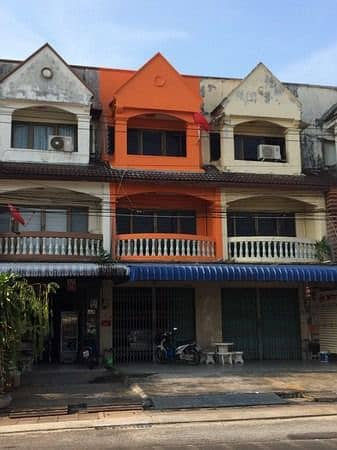 Commercial Building for Sale in Mueang Trang, Trang - Urgent sale, commercial building, 3 floors, 50 square meters, in the heart of Trang