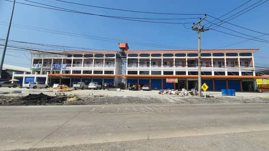 Commercial Building for Sale in Lat Lum Kaeo, Pathumthani - New building apartment
