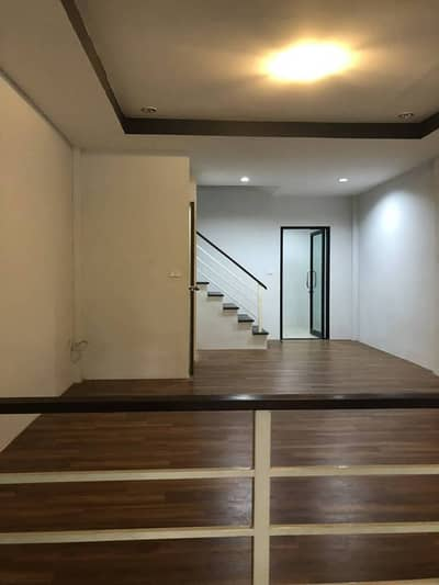 2 Bedroom Townhouse for Rent in Mueang Lop Buri, Lopburi - Townhome for rent in Lopburi In Resort, Muang District, Lopburi Province