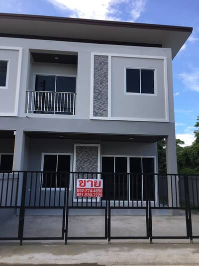 3 Bedroom Townhouse for Sale in San Sai, Chiangmai - A large townhome is equal to a single house near Payap University, only 6 minutes.