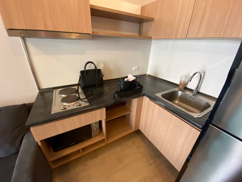 Condo for rent 1 bedroom 1 bathroom with furniture, close to BTS