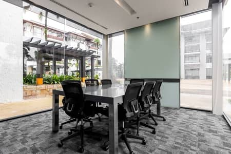 Office for Rent in Mueang Phuket, Phuket - Work your way in a private office for three