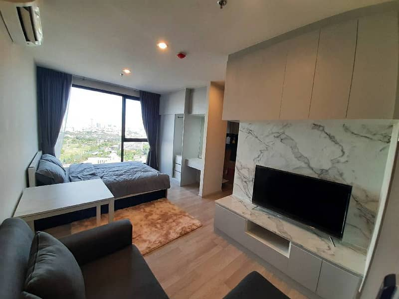 Condo for rent, Ideo Mobi Sukhumvit Eastpoint, built-in room, next to BTS Bangna, beautiful view!