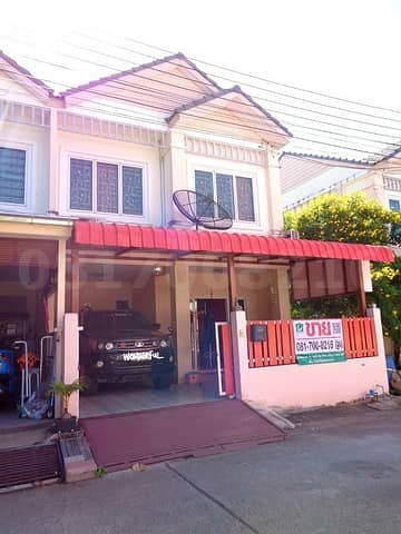 3 Bedroom Townhouse for Sale in Mueang Samut Prakan, Samutprakan - Townhouse for sale, Baan Thanarin. Pracha Uthit - Wat Khu Sang, behind the corner, beautiful addition, fully furnished.