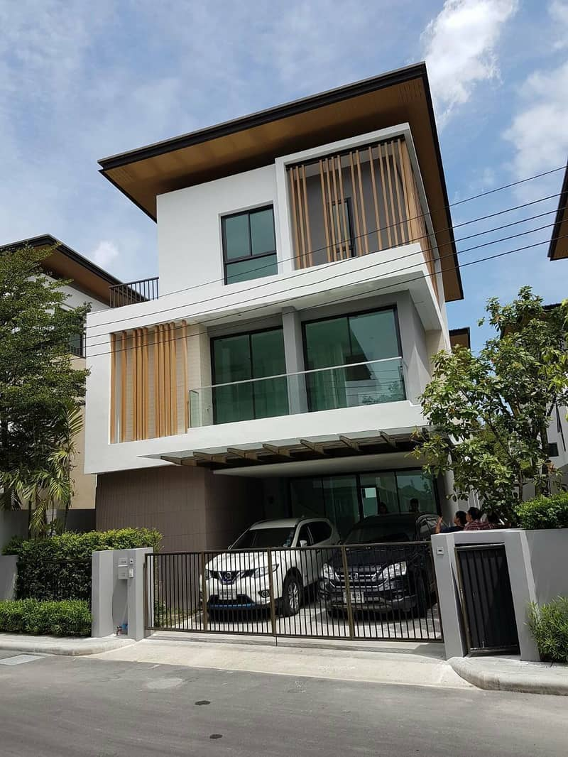 LTH2671 – House FOR RENT In Suan Luang area 4 beds 5 baths size 280 Sq. M. ONLY 80k/Month