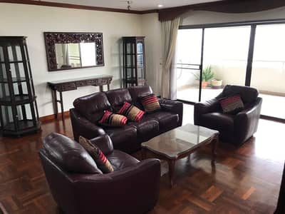 3 Bedroom Condo for Rent in Watthana, Bangkok - Tower Park condo about 278 sq m. with 3 bedrooms 3 bathrooms big balcony, Pet-Friendly Located in Sukhumvit Soi 3 or 11