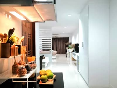 Condo for Sale in Hua Hin, Prachuapkhirikhan - 52 SQ. M. condominium in Hua Hin center, net price at only 1.68 MB - Buy now get more privileges!