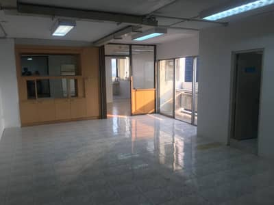 Office for Rent in Ratchathewi, Bangkok - Office space for rent or residential purpose. Ratchathewi Tower, Ratchathewi Tower 117 sqm. , High floor, corner room, two views