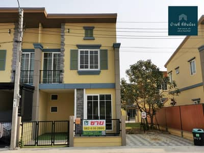 4 Bedroom Townhouse for Sale in Bang Khae, Bangkok - Townhome for sale, Golden Town Bang Khae. The house, near the clubhouse, Convenient travel Near Lak Song station, only 2 km. Easy access to town / out of town