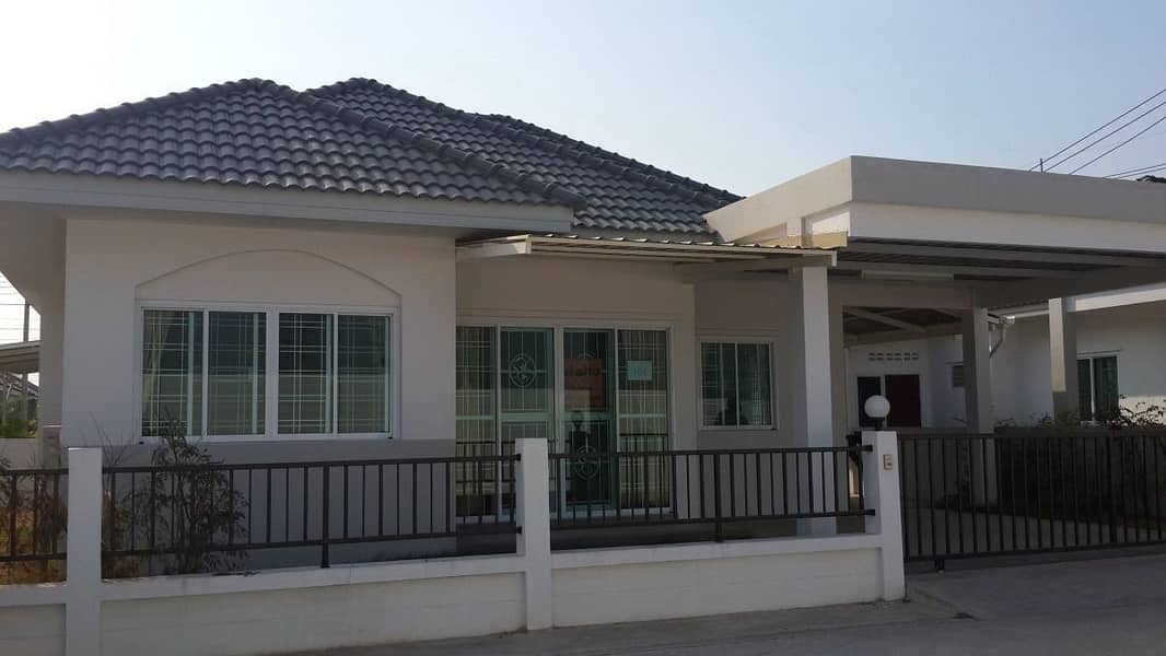 For rent a single storey house in the village, 3 bedrooms, Maruay Garden Home. (Motorway) near TFD Wellgroup Estate Bluetech, BP