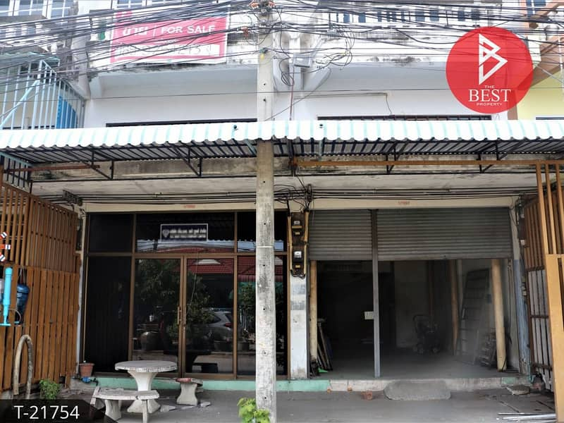 Selling 2 commercial buildings, Burapha City Village, Bang Wua, Chachoengsao