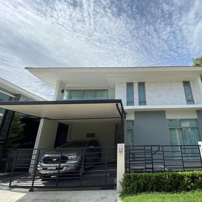 4 Bedroom Home for Sale in Lat Krabang, Bangkok - Perfect Place Rama IX Krungthep Kreetha One house, corner plot, no one attached, can park many cars, private zone, 4 village road, door lens, 2-storey security guard, prime location, very big project Swimming Pool Fitness Extremely large club, easy access