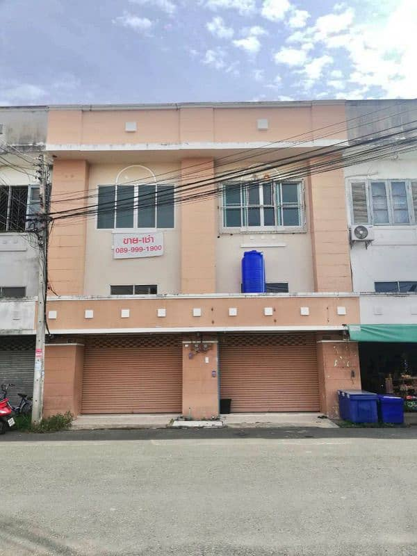 For Sale - Rent a commercial building, Baan Lom Nam 2.5 floors - 2 rooms, not through each other.