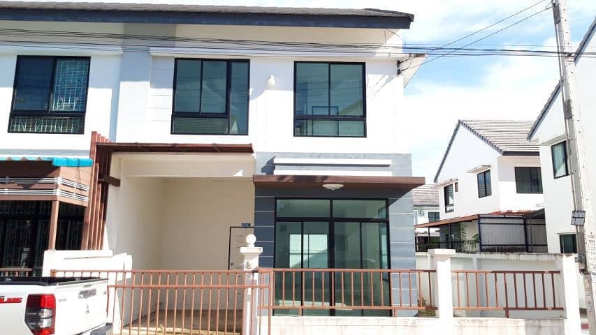 House for rent 6,000 baht