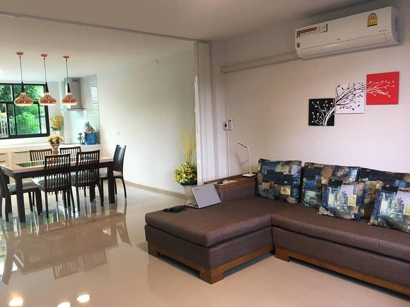 A 3 storey new nice modern townhouse located near to Lanna International School in Chiang Mai city