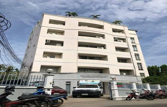 Office building and warehouse for rent near MRT Sutthisan