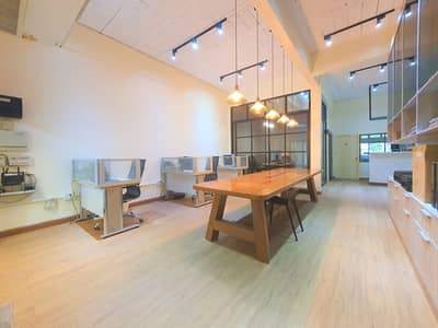 Office for Sale in Bang Kapi, Bangkok - Modern loft style home for sale, all new builds, just 500 meters from the main road Ramkhamhaeng, in the soi, size 4 lens, the best location in gold.