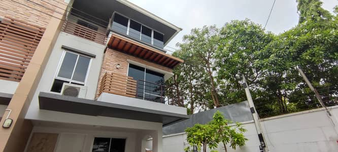 3 Bedroom Home for Rent in Prawet, Bangkok - House for Rent at Plus Citypark Srinagarindra-Suanluang  3 Bedrooms 3 Bathrooms Size 36 sq. wa. 3 floor