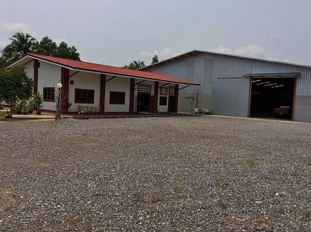 Factory warehouse sales With houses and land, Rayong Province
