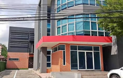 Office for Rent in Sai Mai, Bangkok - 4-storey office building with warehouse, common area 1100 sq m, near Don Muang airport, rent 180,000 per month.
