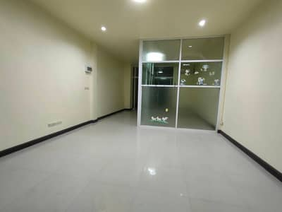 Commercial Building for Sale in Mueang Nakhon Ratchasima, Nakhonratchasima - อาคารพาณิชย์ 2 ชั้น