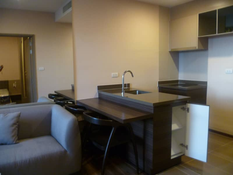 For rent, fully furnished, Teal Condo, 18th floor