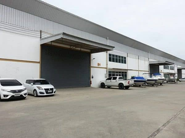 To rent a warehouse and office, size 390-480 sqm. , Next to Rama 2 Road, Muang Samut Sakhon, close to many amenities. Central Mahachai Electricity Utilities