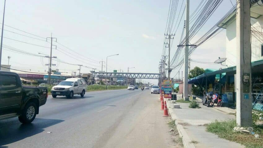 Sale of land and buildings. On Phutthamonthon Sai 5 Road