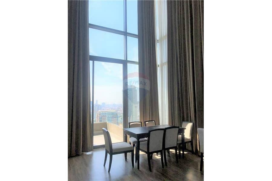 For rent, The Willows sathorn, Narathiwas Road, 3 bedrooms, luxury in the heart of Sathorn, good price, beautiful room.