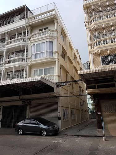 Commercial Building for Sale in Thon Buri, Bangkok - BH_01104 House for sale Commercial building Thapra BTS Talat Phlu