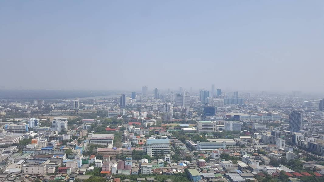 Wonderful High Rise 3-BR Condo at The Met Sathorn