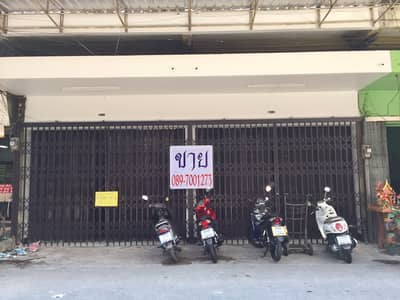 Commercial Building for Sale in Mueang Chiang Mai, Chiangmai - Selling a two-and-a-half storey commercial building, 2 adjacent booths, an area of ​​16 sq m.