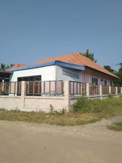 3 Bedroom Home for Sale in Si Bun Rueang, Nongbualamphu - House with land