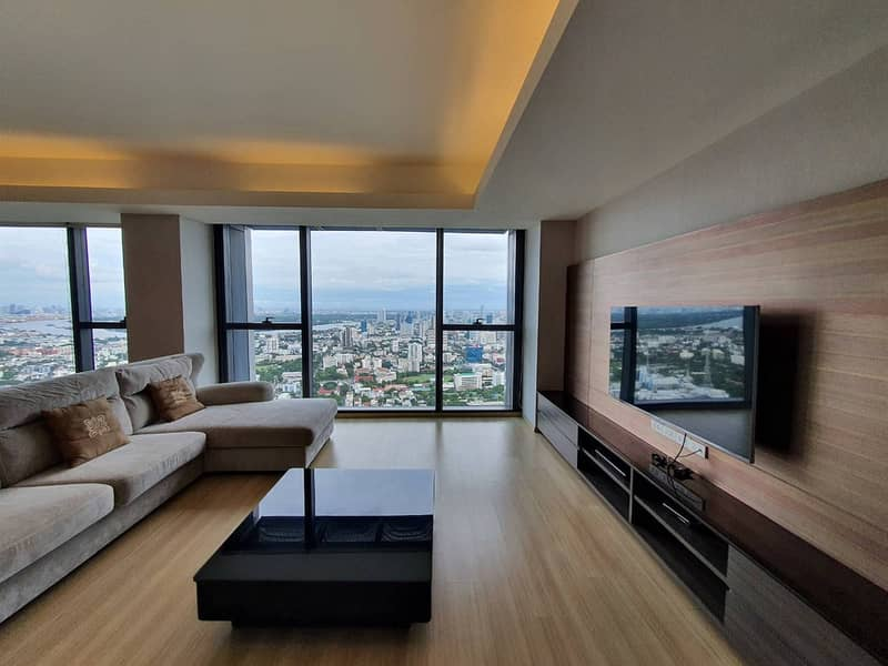 Amazing High Rise 3-BR Condo at The Met Sathorn