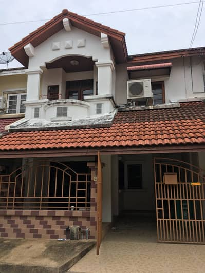 3 Bedroom Townhouse for Rent in Mueang Pathum Thani, Pathumthani - Townhouse for rent in moobaan Muangake Pathumtani