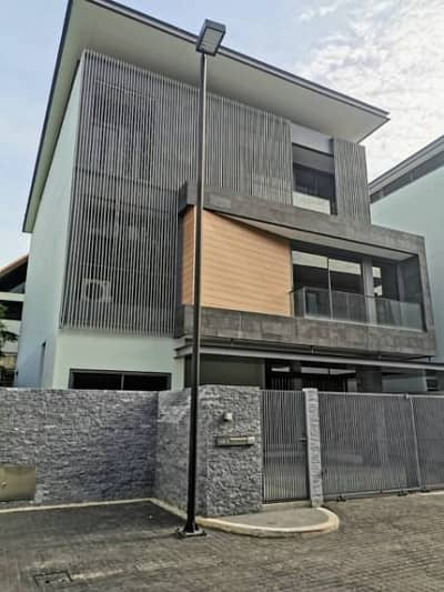 4 Bedroom Home for Rent in Wang Thonglang, Bangkok - 3-storey house for sale, luxury project, The Honor Ekamai-Ramindra. On the road along the expressway Near the entrance to the Ramindra-At Narong Expressway.